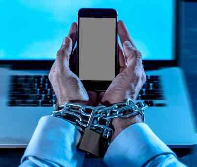 cyber frauds in social media